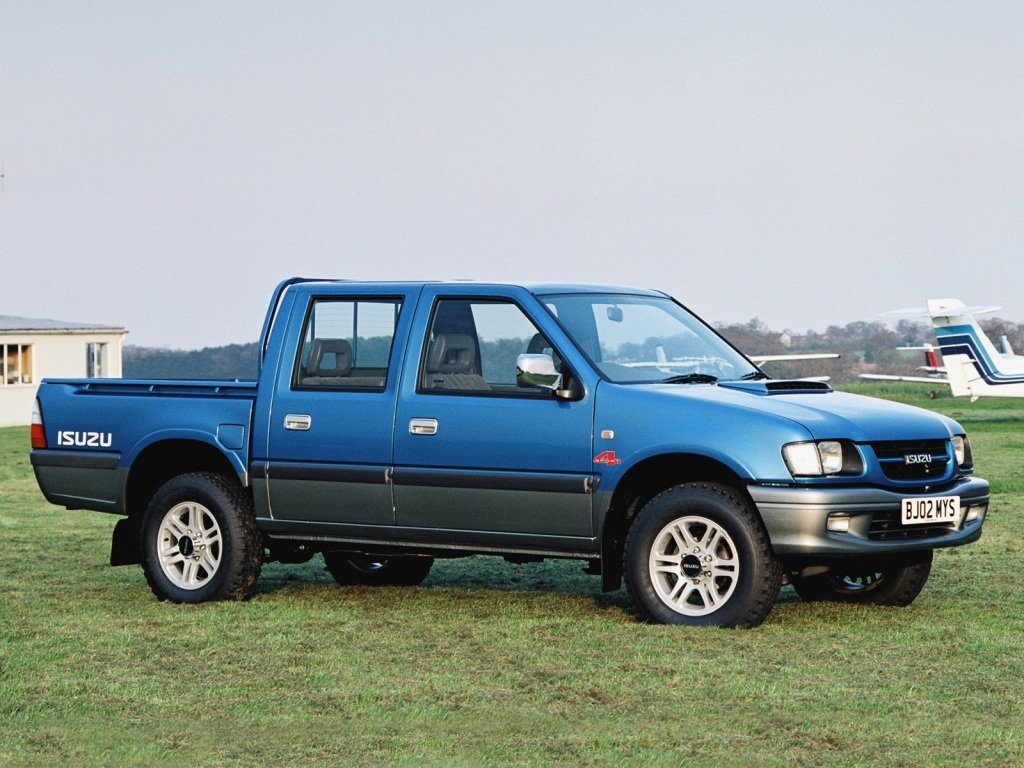 Автомобиль Isuzu TF (Pickup)