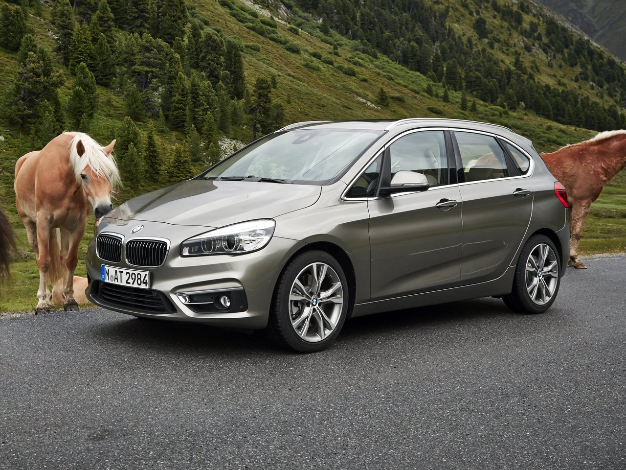 Автомобиль BMW 2er Active Tourer