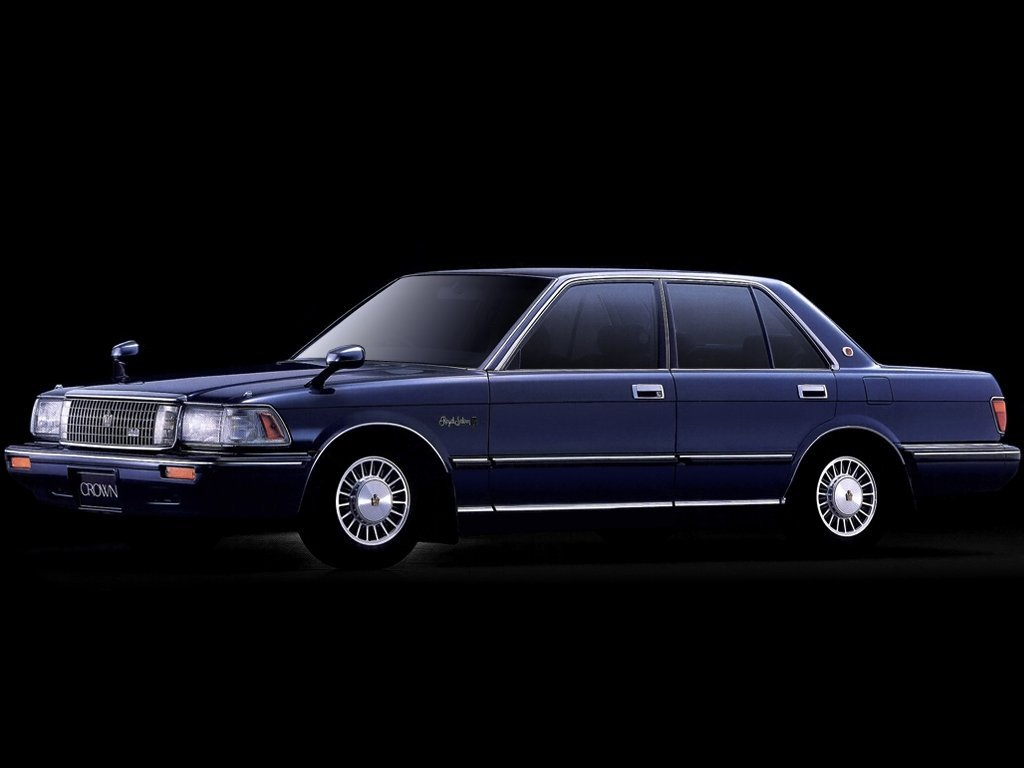 Автомобиль Toyota Crown